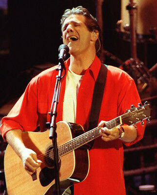 Glenn Frey ‏ 10x 8 UNSIGNED photo - P404 - The Eagles