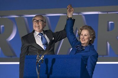 Jim Broadbent & Meryl Streep UNSIGNED photo - P2236 - The Iron Lady