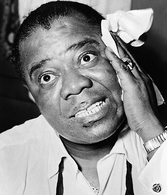 Louis Armstrong 10 x 8 UNSIGNED photo - P1337 - Jazz trumpeter and singer