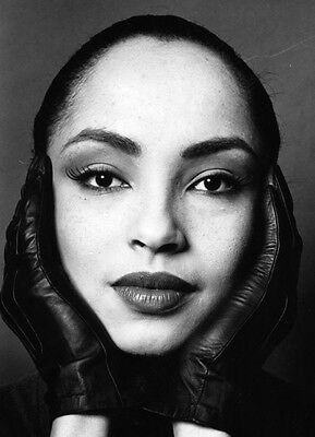 Sade 10 x 8 UNSIGNED photo - P1310 - By Your Side & Hang on to Your Love