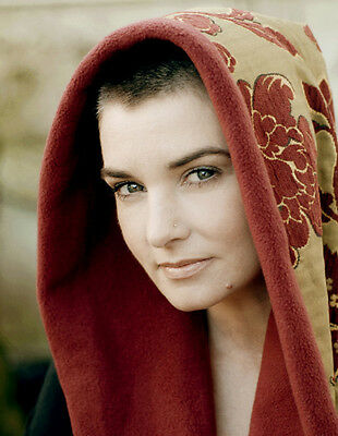 Sinead O'Connor 10 x 8 UNSIGNED photo - P1401 - Nothing Compares To You & Troy