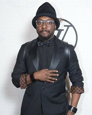 will.i.am UNSIGNED photo - P2841 -  American singer-songwriter & rapper