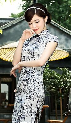 Short sleeve Oriental Cheongsam Cheong-Sam Qipao black & White in Plum Flower