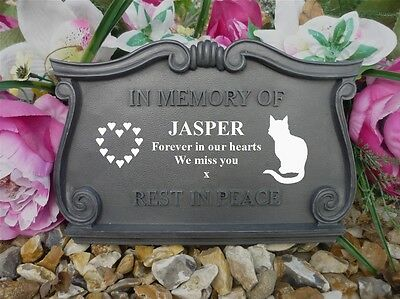 Personalised Cat Memorial - Completely Weatherpoof - Sitting Cat & Hearts