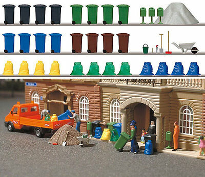 Busch 1136 NEW GARBAGE AND TRASH SET
