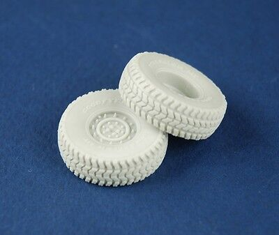 PANZER ART,1/35 RE35-212 Road wheels for HUMVEE (late pattern)