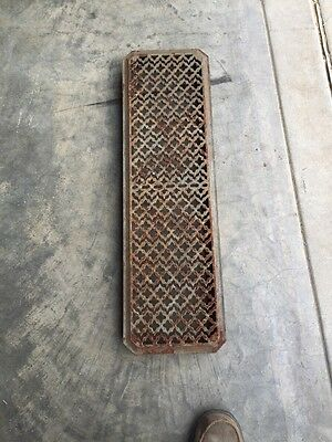 "Rt 6 Antique Cast-Iron Radiator Cover 29"" X 8.5"""