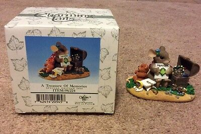 2000 Charming Tails A Treasure of Memories Fitz and Floyd Figurine Special Ed