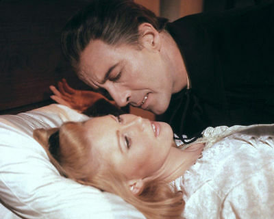 Veronica Carlson & Christopher Lee Unsigned Photo - 4082