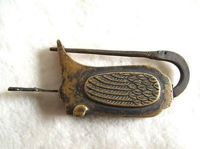 Chinese old style Brass Carved swan padlock lock/key