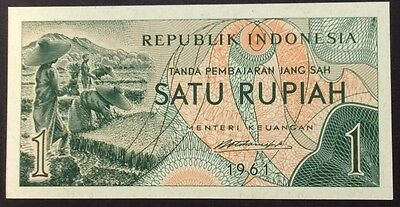 1976 1 rupiah MKR 045595 circulated condition