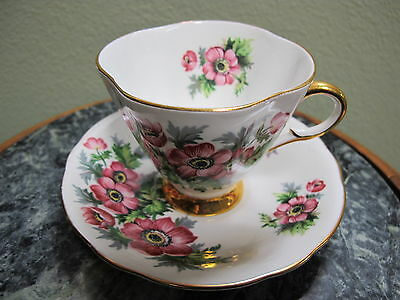 Clarence Bone China Tea Cup & Saucer Made in England Poppy Flower