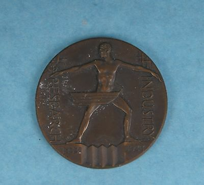 Vintage 1933 Chicago Int'l Exposition Research & Industry Souvenir Medal Coin