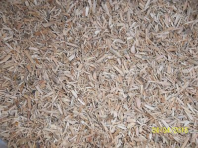 1.5kg OF WOOD FIBRE BEDDING FOR CAGE & AVIARY BIRDS