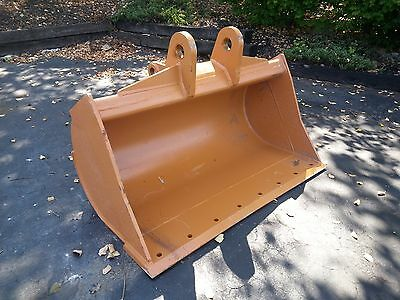 """New 48"""" Case 580N Ditch Cleaning Bucket"""
