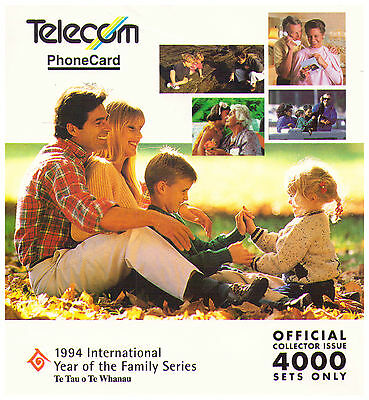 1994 Telecom New Zealand Phone Card Pack - Year of Family