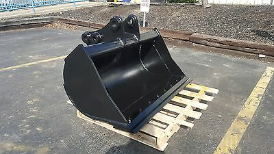 """New 48"""" Takeuchi TB285 Excavator Ditch Cleaning Bucket with Bolt On Edge"""