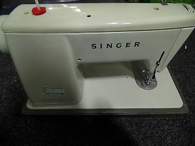 Singer Sewing Machine *untested*