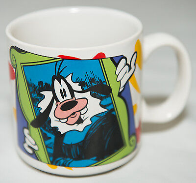Disney Goofy Hanging a Picture Mug / Cup