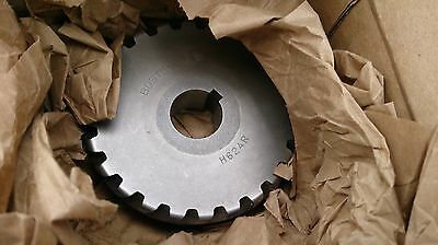 "Boston Gear H624R Plain Helical Gear, 45 Degree Helix RH 24T 1"" Bore Keyed"
