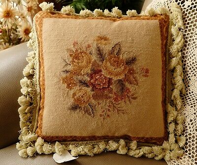 "14"" Vintage English Shabby Home Cottage Decor Hand Crafted Needlepoint Pillow"