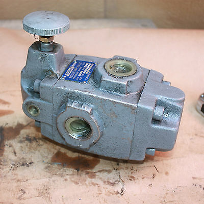 TOKIMEC VICKERS Pressure REDUCING VALVE 5.6-200 XCT-06-B-20-JA-J