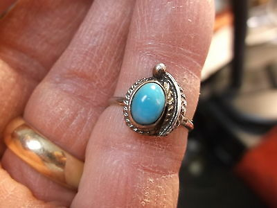 #206 of 245, NICE VTG LADIES STERLING SILVER & BLUE TURQUOISE RING size 5.25 VGC