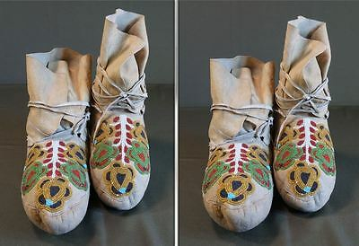 Very Fine Late 1800 Native American Plateau Beaded High Top Moccasins