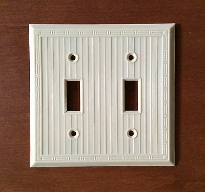Vintage Bakelite Ribbed Ivory 2 Gang 2 Toggle Switch Plate New in Plastic/Screws