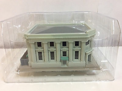 KATO Dio Town, Local Bank, N Scale 1:150, PLASTIC BUILDING, 23-458