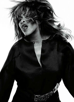 Tina Turner Unsigned Photo - 8125 - Sexy!!!!!