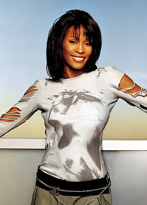 Whitney Houston Unsigned Photo - 7804 - I Will Always Love You & I Have Nothing