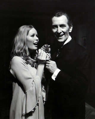 Veronica Carlson & Peter Cushing Unsigned Photo - 4065