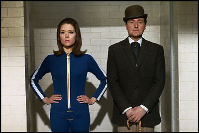 PATRICK MacNEE & DIANA RIGG UNSIGNED PHOTO - 4757 - THE AVENGERS