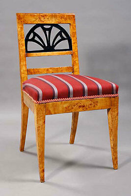 C-Gm-143 Very elegant Chair in the neo-classical Style