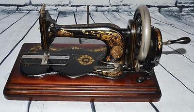 c1881 Singer New Family Model 12k Fiddle Base Hand Crank Sewing Machine [PL2161]