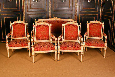 B-Dom-61 Directoire–Lounge suite in the english Style