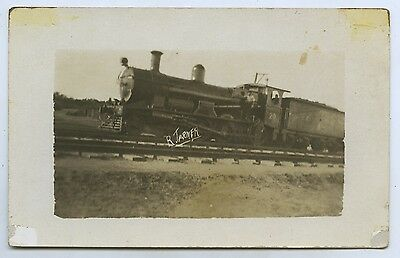 C1917 Rp Postcard Engine No 20 On E/w Line 376 Mile Mark O12
