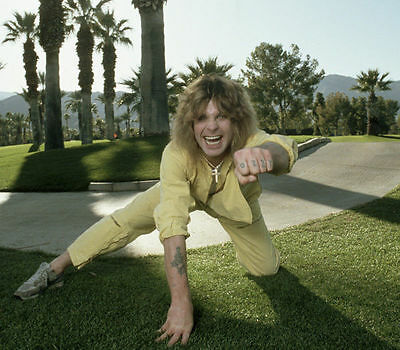 Ozzy Osbourne Unsigned Photo - 7851 - Singer & Songwriter