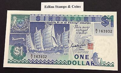 1987 $1 Singapore Banknote - Uncirculated - Pick 18A - B/6 163932