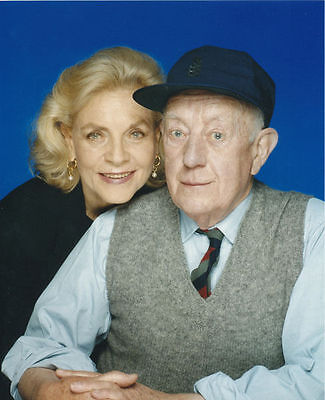 Alec Guinness & Lauren Bacall Unsigned Photo - 6102 - A Foreign Field