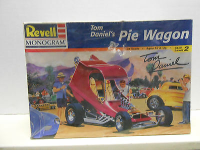 "Revell/Monogram  Tom Daniel's "" Pie Wagon "" #2498  10+ 1:24 Scale"
