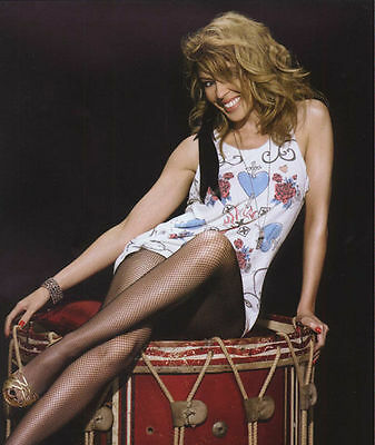 Kylie Minogue Unsigned Photo - 8257 - Gorgeous!!!!!