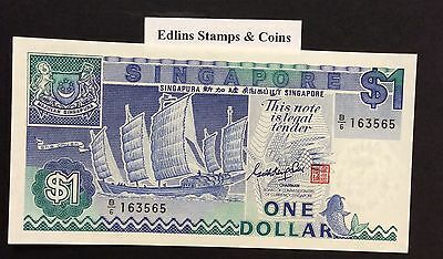 1987 $1 Singapore Banknote - Uncirculated - Pick 18A - B/6 163565