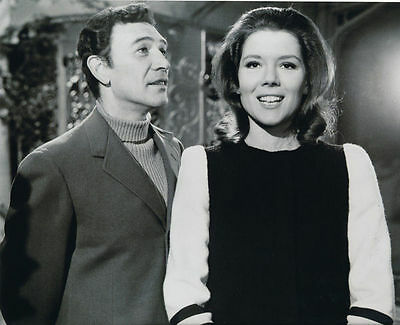 Peter Wyngarde & Diana Rigg Unsigned Photo - 5941 - The Avengers