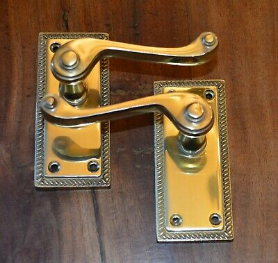 Polished Brass Finish Georgian Scroll Door Handles Without Keyhole (33011)