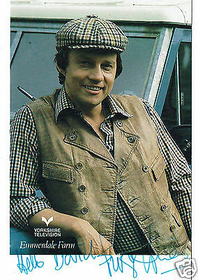Frazer Hines Actor Emmerdale  Hand signed Vintage Yorkshire TV Photograph 5 X 3