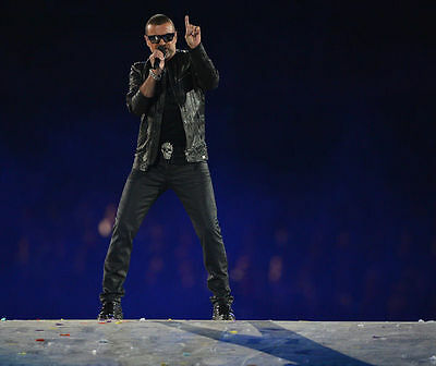 George Michael Unsigned Photo - 7745 - Singer & Songwriter