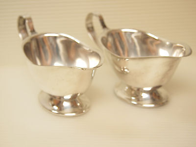 VINTAGE SILVER PLATE  TWO GRAVY/ SAUCE/ DIP/  DRESSING BOATS by ONEIDA