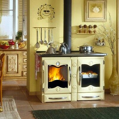 """America Cream"" Wood Cook Stove by La Nordica"